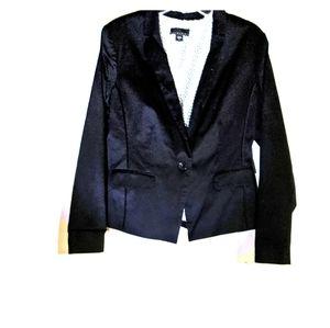 NWOT Black Blazer